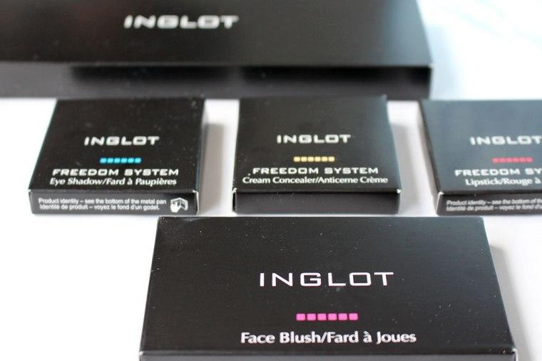 miss-rusty-inglot-cosmetics-freedom-palette-items-2